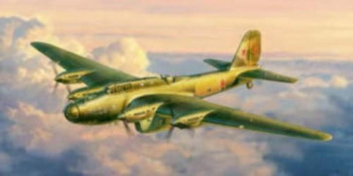 PE-8 Sowj. Bomber
