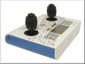 Handsender 12 Kanal, 2,4 GHz, weiß-blau mit 3-D-Knüppeln
