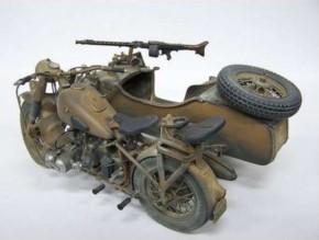 dt. Militärmotorrad mit Seitenwagen