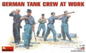 dt. Panzerbesatzung bei der Arbeit, 5 Figuren